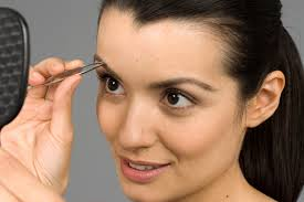 Eyebrow Shaping And Control