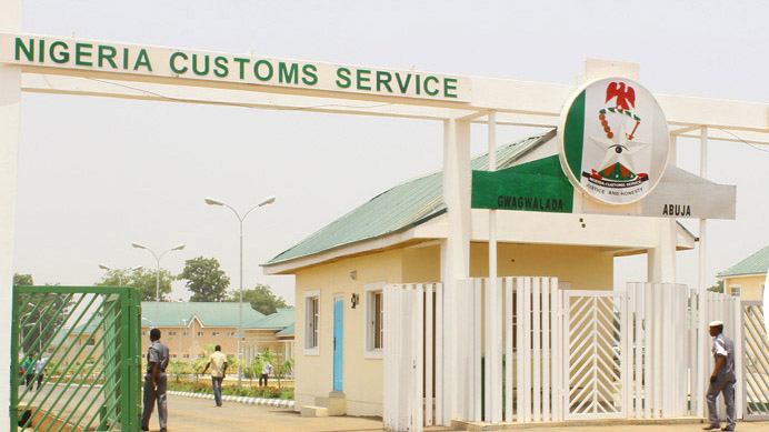 Shootout in Ogun as Customs officials, smugglers clash