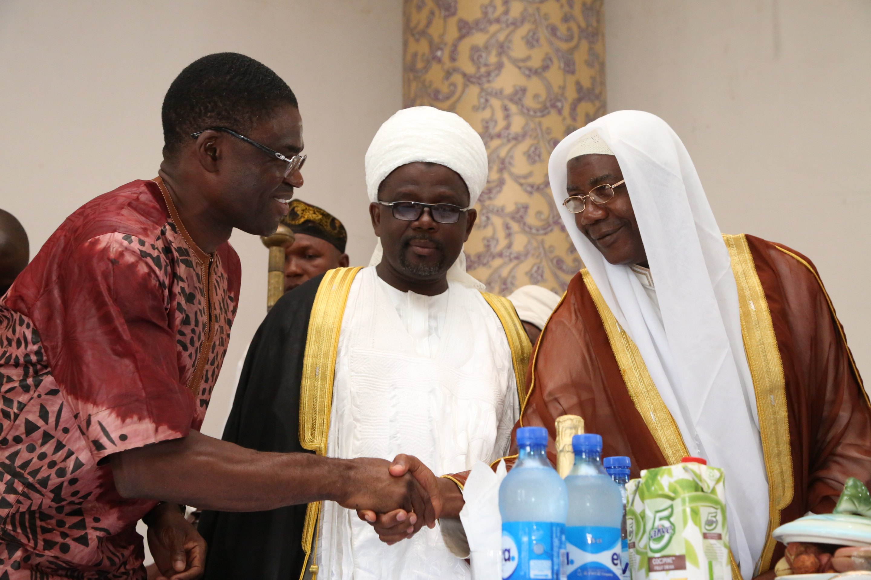 Eil-el-Fitr : Gov Obaseki urges Muslims to pray for peace, unity of Nigeria ...Imam condemns killing of farmers